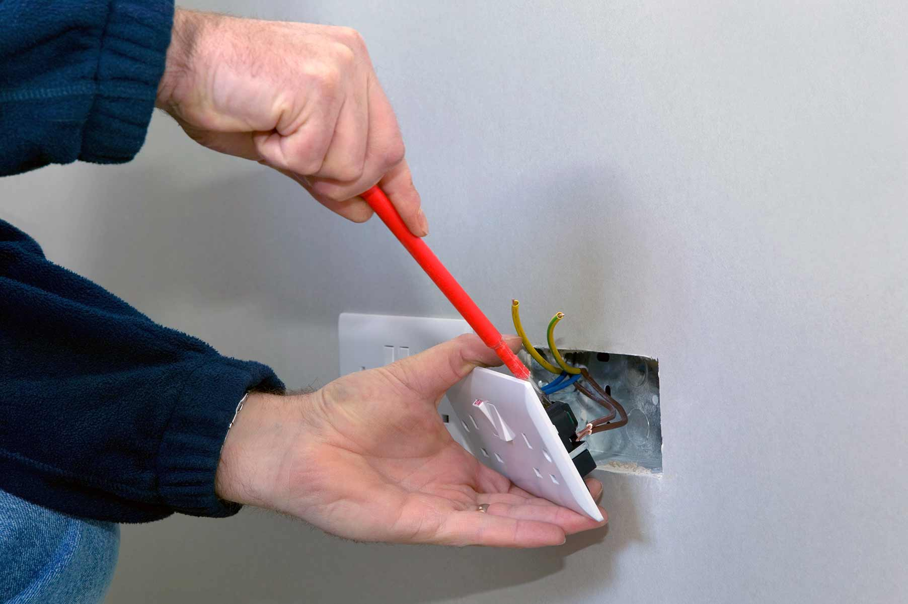 Our electricians can install plug sockets for domestic and commercial proeprties in Sidcup and the local area.